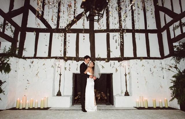 Famosos fazem casamento intimista para celebrar o amor